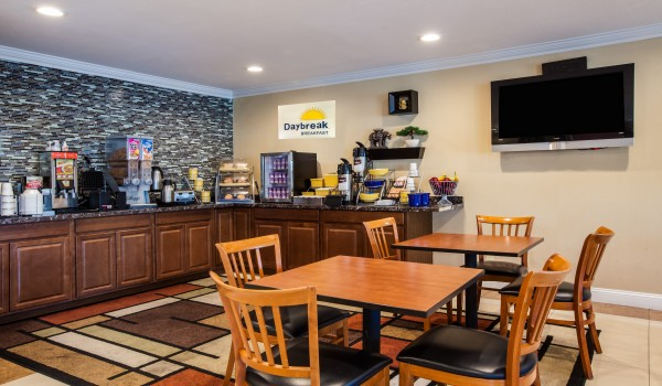 Welcome To Days Inn Antioch - Breakfast Area