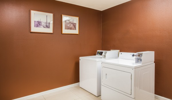 Welcome To Days Inn Antioch - Laundry Facilities